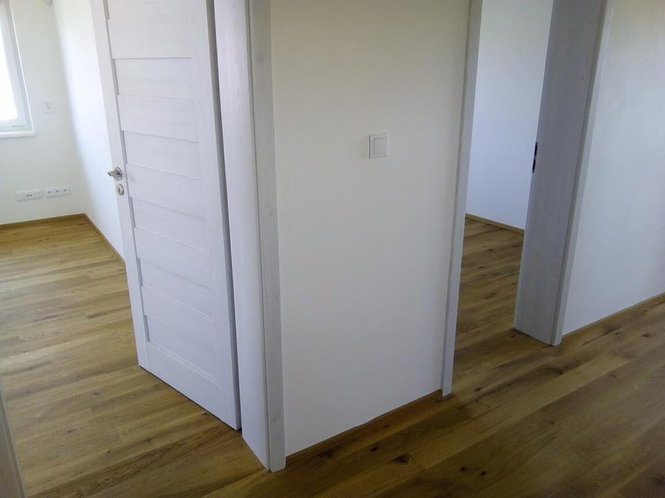 Ukázka realizace podlahy a dveří - Tilia Interiéry s.r.o. Kolín